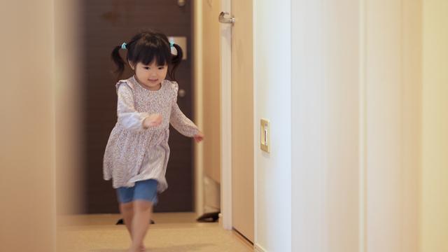 子供の足音による騒音に対して損害賠償や差止めを請求できますか